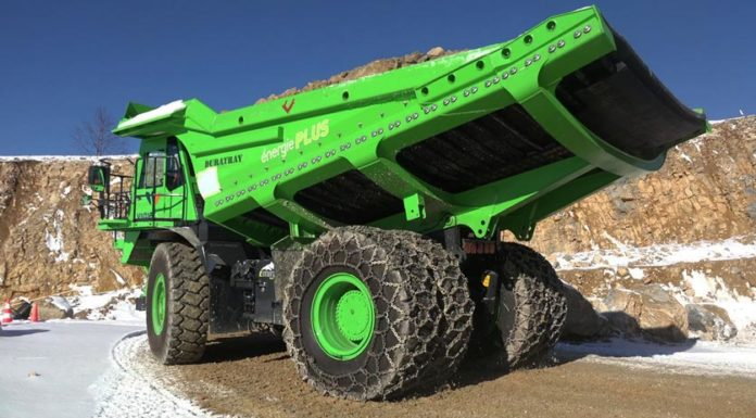 Το μεγαλύτερο ηλεκτρικό φορτηγό που παράγει ενέργεια αντί να καταναλώνει!