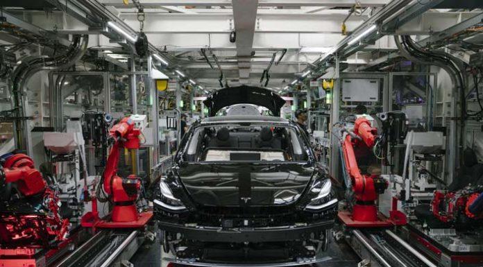 Tesla : Νέο ρεκόρ σε παραδόσεις και παραγωγή για το 3ο τρίμηνο